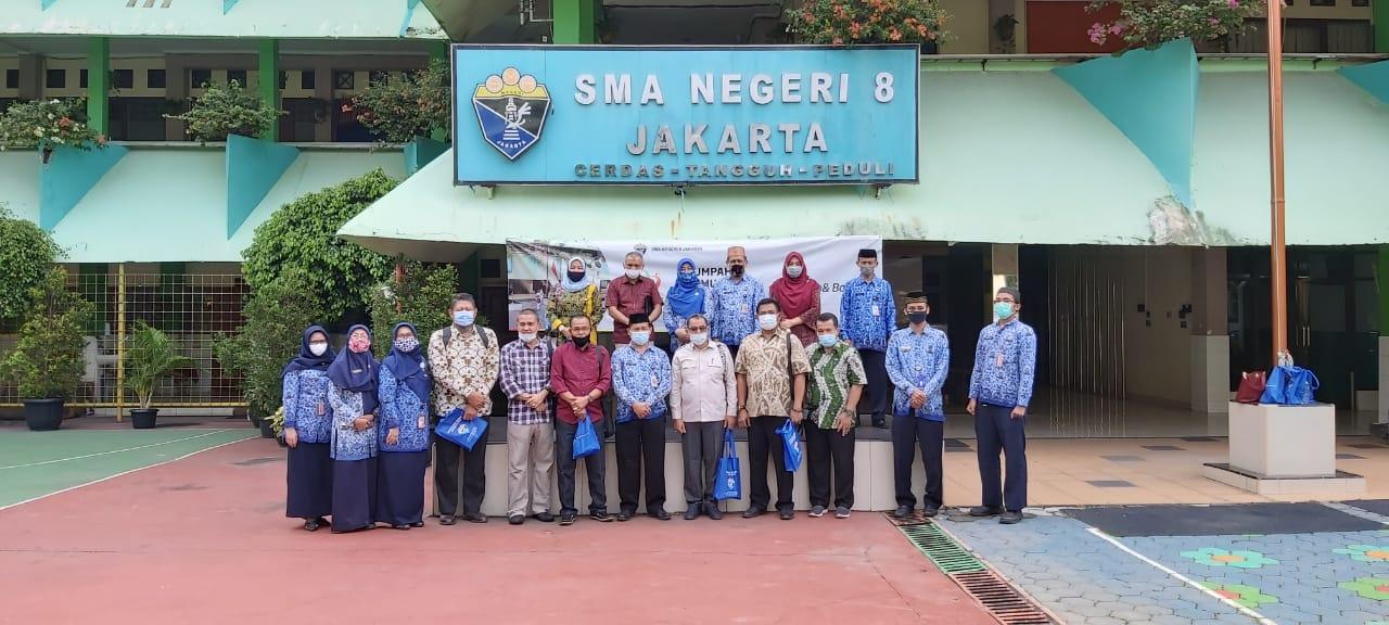 Kunjungan Dinas Pendidikan Provinsi Riau ke SMAN 8 Jakarta